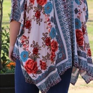 Other - Cute n sexy floral kimono